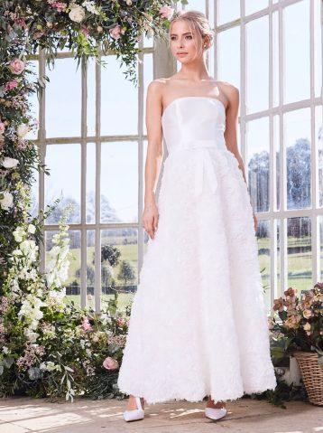 Chi Chi Mary Wedding Dress White