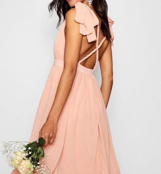 4e37665afc05 Boohoo Chiffon Pleated Midi Dress, Pale Pink | myonewedding.co.uk
