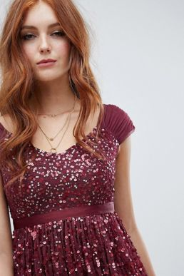 Amelia Rose embellished ombre sequin midi dress Berry Burgundy