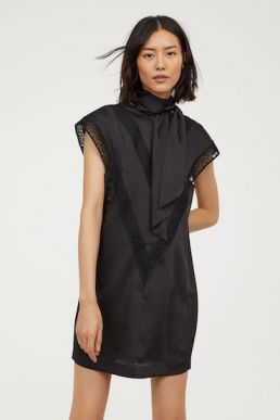 H&M Dress with lace Black