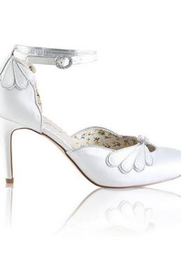 Perfect Open Waist Closed Toe Bridal Shoe Ivory