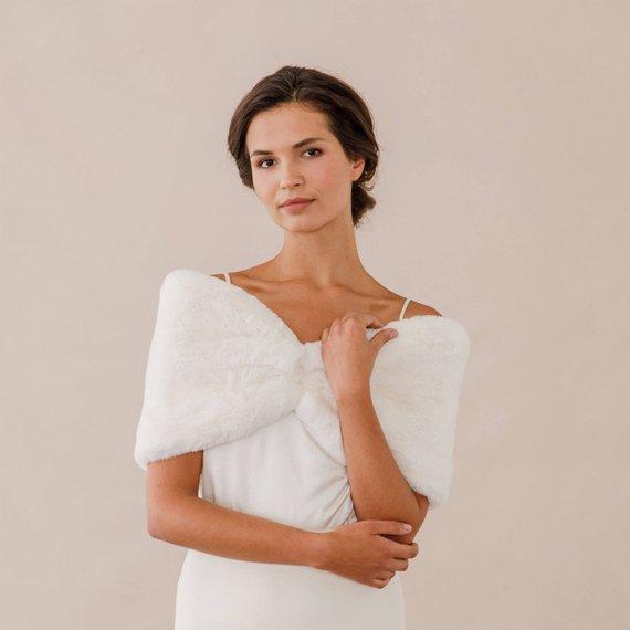 Bridal Faux Fur Stole Ivory