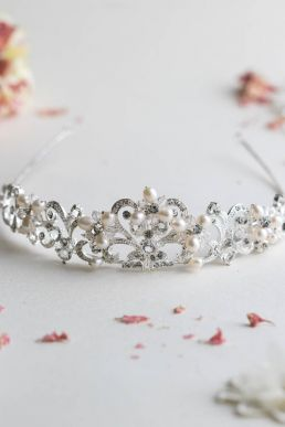 Lorena Crystal And Pearl Tiara