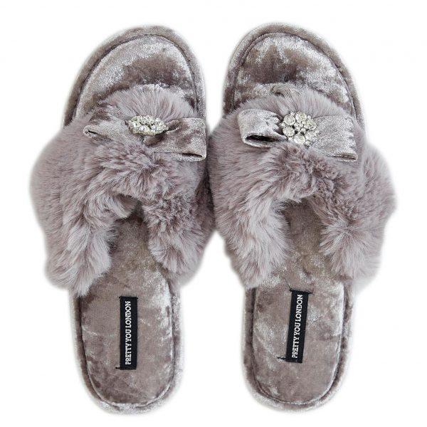 Pretty You London AMELIE Ladies Womens Faux Fur Toe Post Slide Slippers Cream