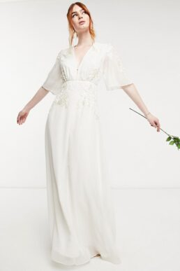 Hope & Ivy Bridal floral beaded and embellished maxi dress with plunge neck in ivory